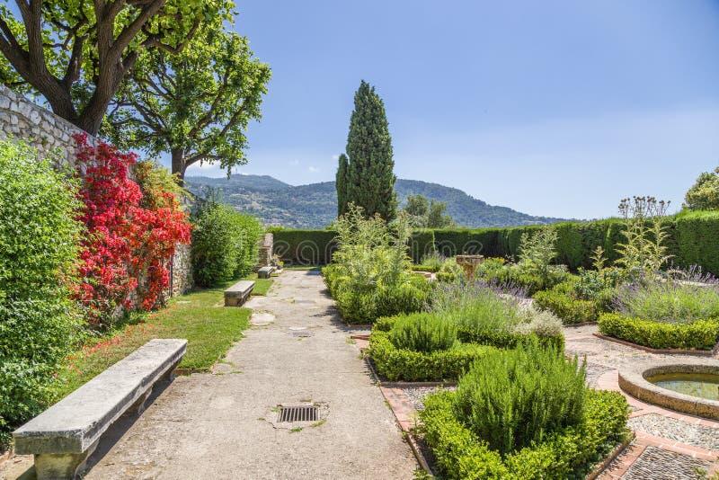 Франция славная Сад монастыря Cimiez - 3 стоковые фотографии rf