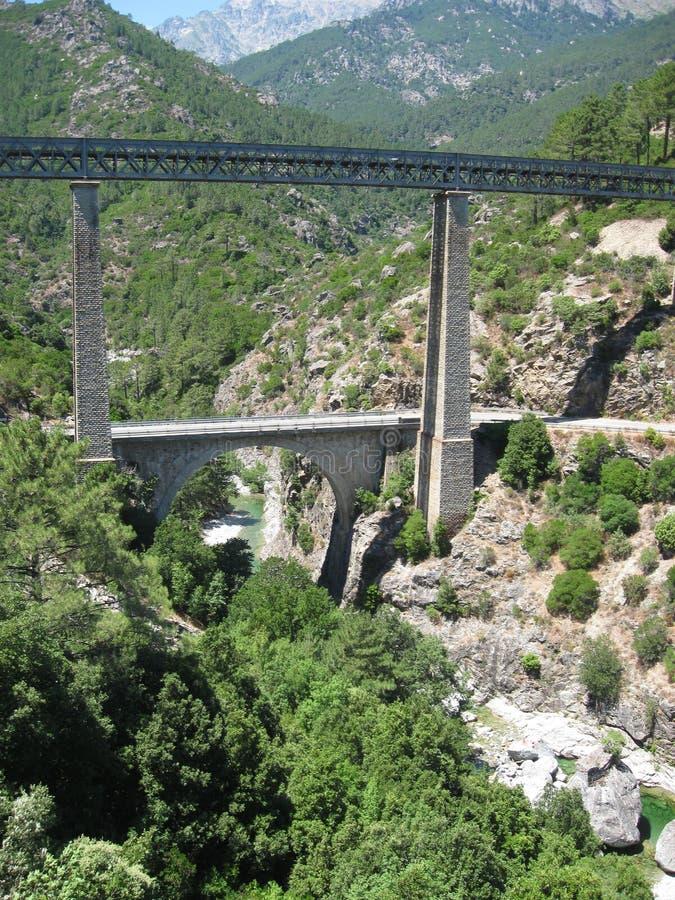 Франция, Haute Corse, Vivario, Pont du Vecchio Vechju, протаскивает мост конструированный архитектором Gustave Eiffel x стоковое фото rf