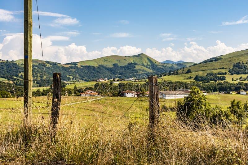 Французская сельская местность в области атлантических Пиренеи Франция стоковое изображение rf