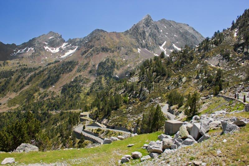французский взгляд pyrenees природы стоковые изображения rf