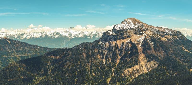 Французский ландшафт - Chartreuse стоковая фотография rf