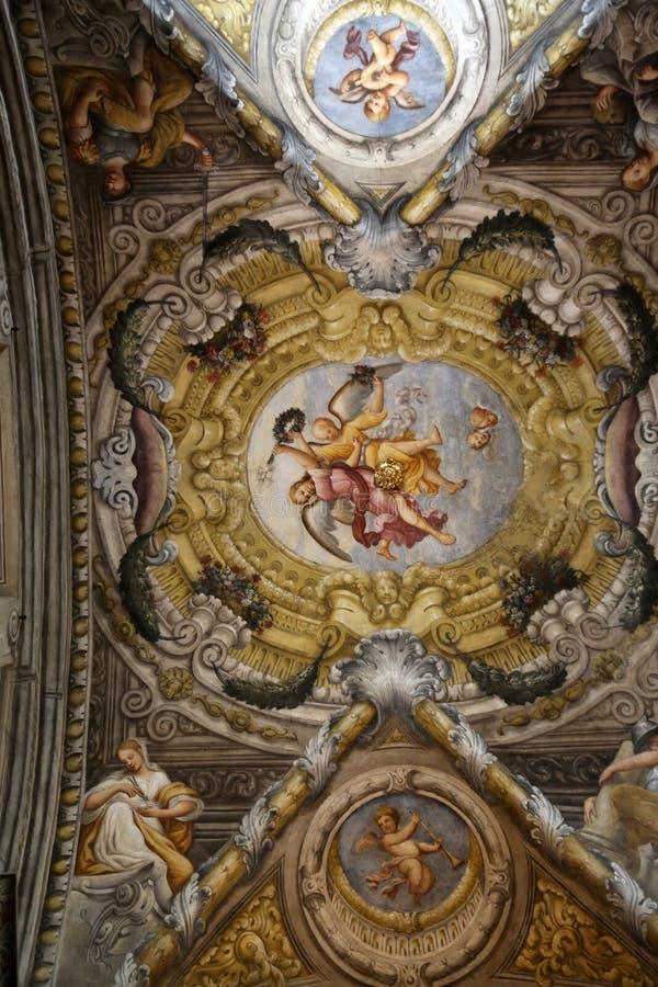 Фреска в куполе церков Сент-Люсия, Парма стоковые изображения rf
