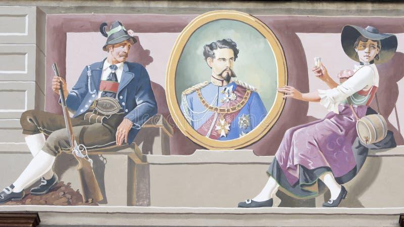 Фреска короля Луис II на доме, Баварии стоковые изображения rf