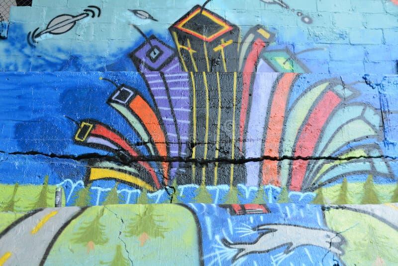 Фреска Cityscape в Burnside Bridge Skate Park в Портленде, ИЛИ стоковое фото