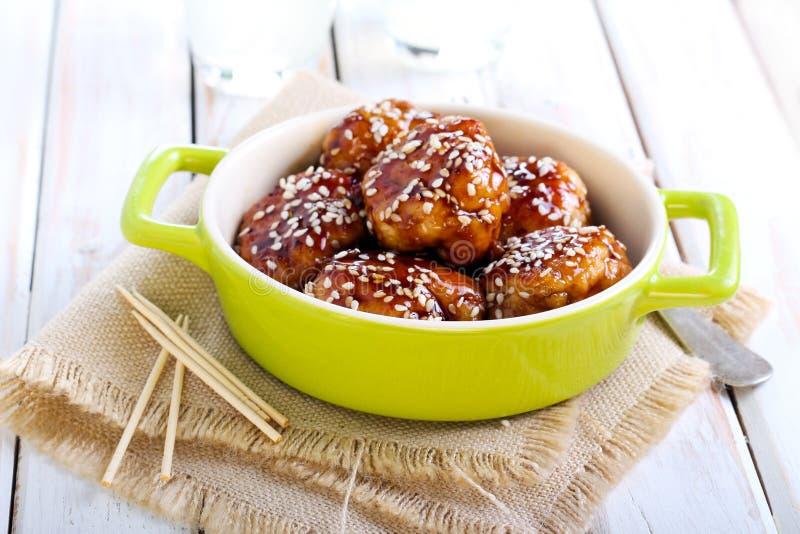 Фрикадельки цыпленка Teriyaki стоковые изображения rf
