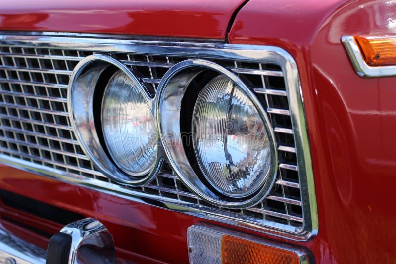 Фронт ретро автомобиля стоковое изображение