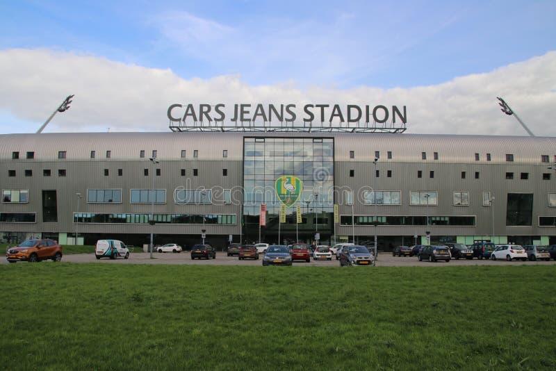 Фронт стадиона Haag вертепа СУЕТЫ на Forepark в Гааге назвал для того чтобы спонсировать джинсы автомобиля стоковые фото