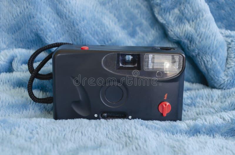 Фронт старой черной сетноой-аналогов камеры стоковая фотография rf