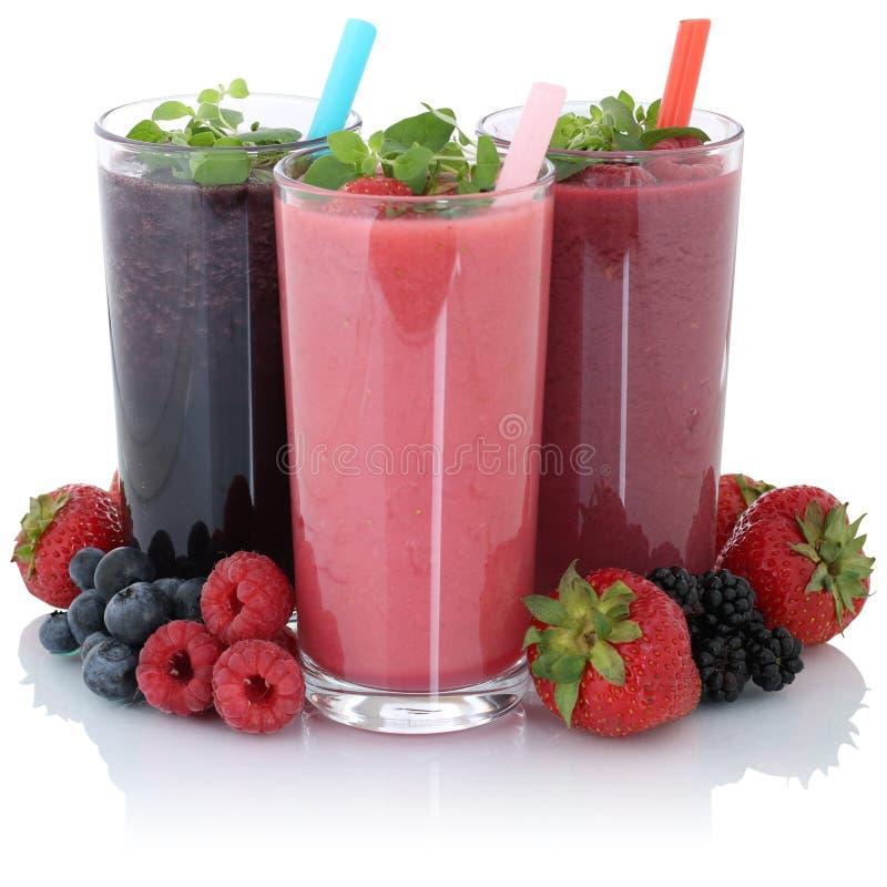 Фруктовый сок Smoothie при изолированные свежие фрукты стоковое изображение