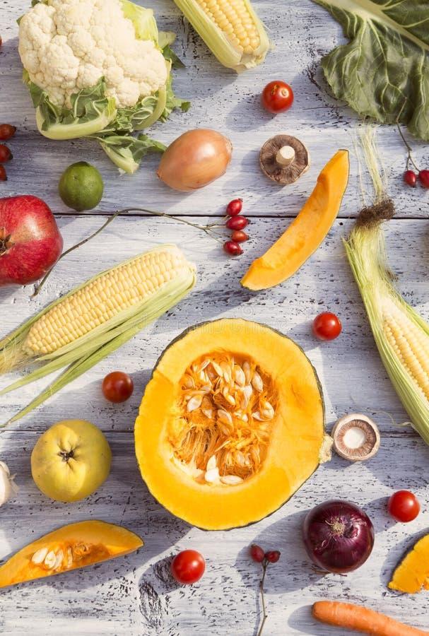 Фрукты и овощи стоковое изображение