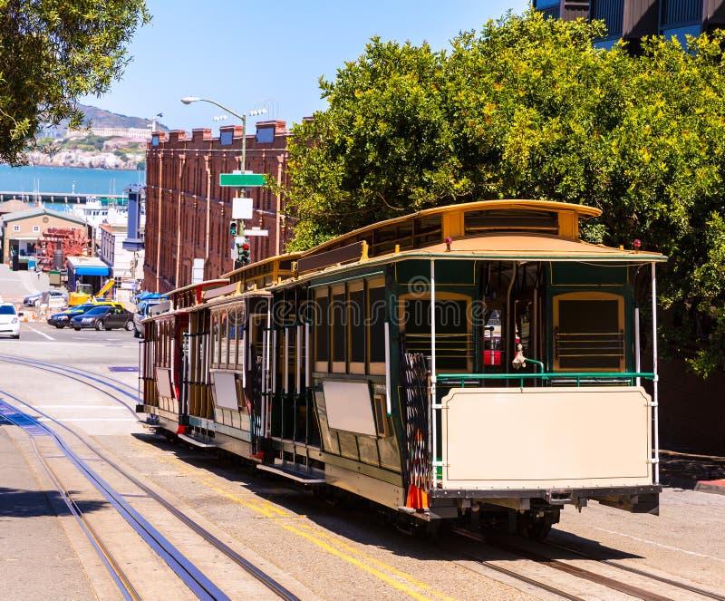 Фуникулер Калифорния улицы Сан-Франциско Hyde стоковые изображения
