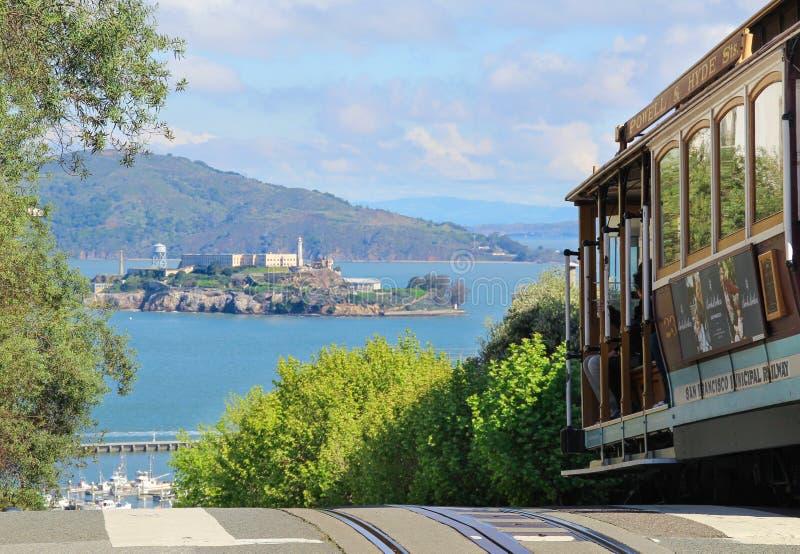 Фуникулер Сан-Франциско стоковые изображения