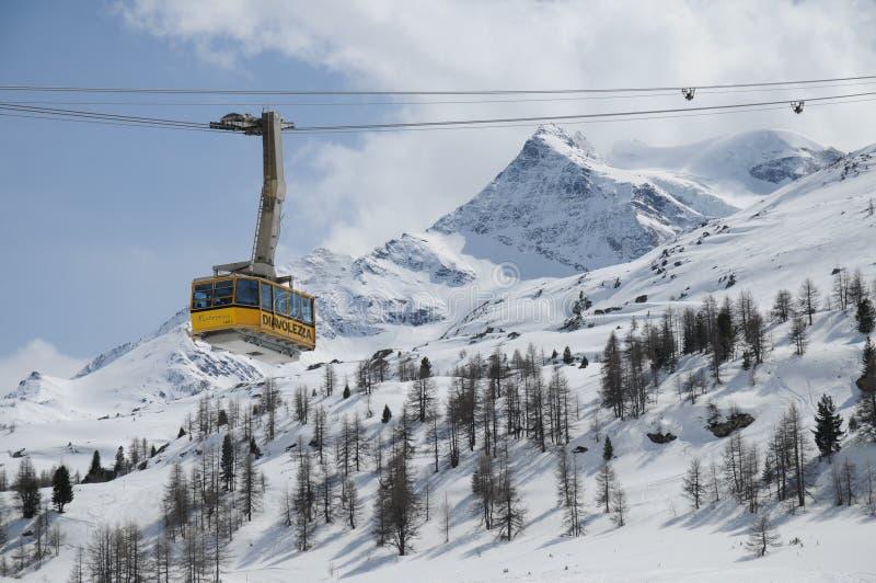 Фуникулер Bernina Diavolezza стоковые изображения rf