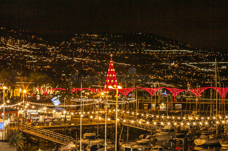 Фуншал на ноче, Мадейра, Португалия стоковые фото