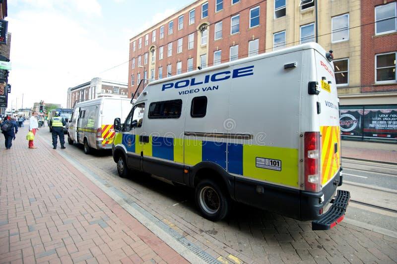 Фургон полиций видео- на общественном протесте стоковая фотография