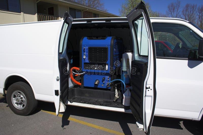 фургон чистки 2 ковров стоковые фото
