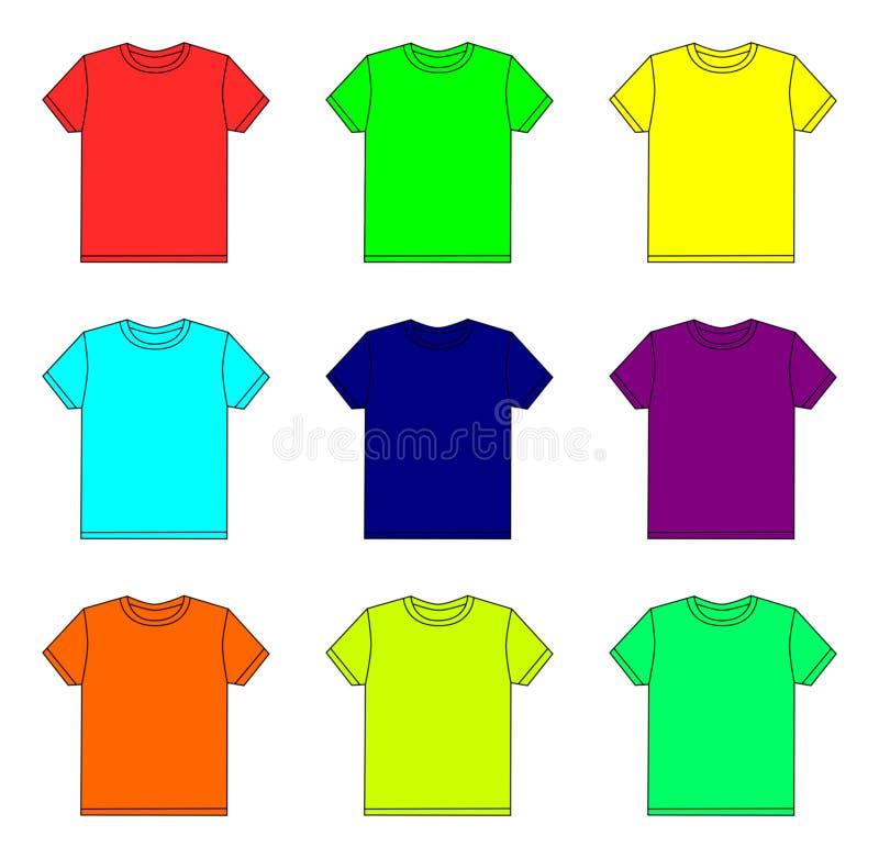 Футболки цвета на белой предпосылке стоковые изображения
