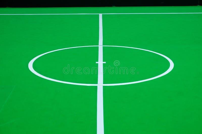 Футбольное поле на крытом для конкуренции футбола робота стоковое фото