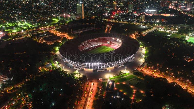 Футбольный стадион Джакарта Индонезия Karno пробкы Gelora стоковые фотографии rf
