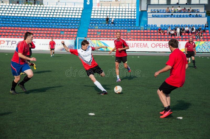 Download футбол игры редакционное стоковое фото. изображение насчитывающей green - 41659418
