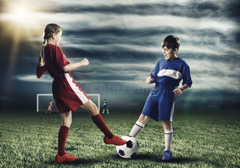 футбольная игра стоковые изображения rf