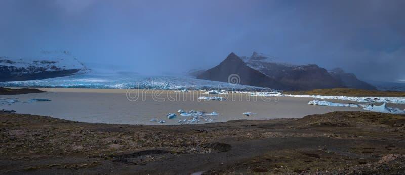 Фьельсарлон - 05 мая 2018 г. Лагуна Айсберга (Фьельсарлон, Исландия) стоковое изображение rf