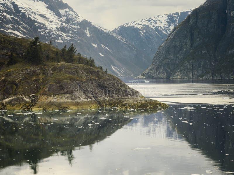 Фьорд руки Трейси, юговосточная Аляска, США стоковые изображения