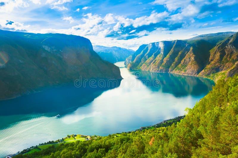Фьорд Sognefjord природы Норвегии стоковое фото