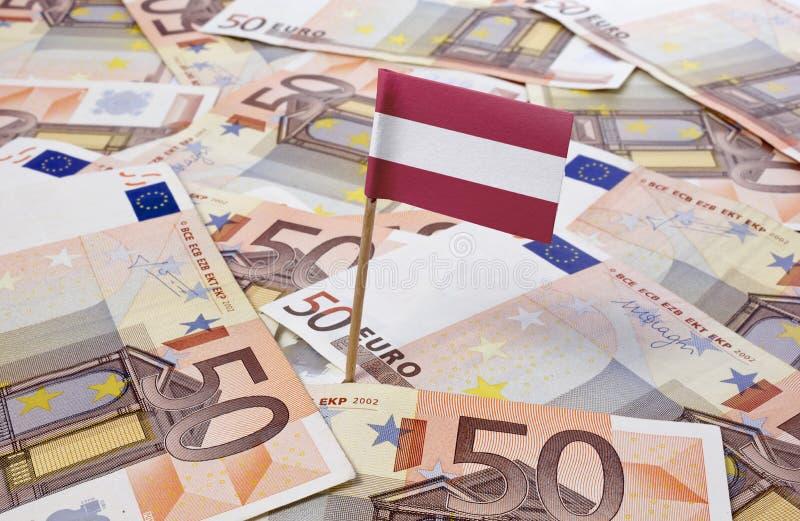 Флаг Австрии вставляя в 50 банкнотах евро (серия) стоковое изображение