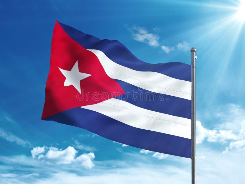 Флаг Кубы развевая в голубом небе иллюстрация штока