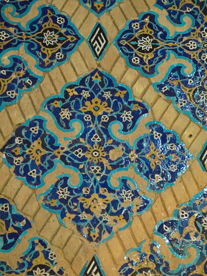 Флористическое украшение плиток в голубой мечети в Тебризе, Иране стоковое фото rf