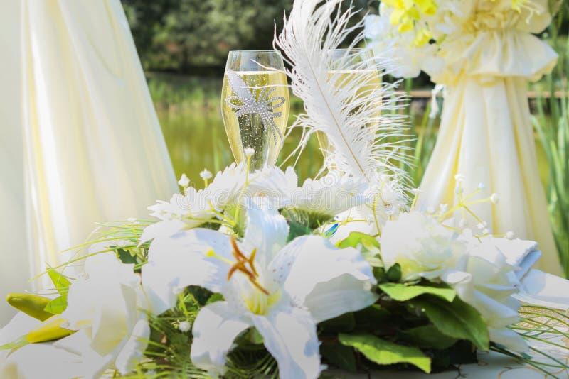 Флористическое украшение свадьбы стоковые изображения rf