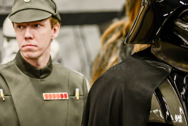 Характеры Звездных войн на шуточной конвенции жулика стоковые изображения