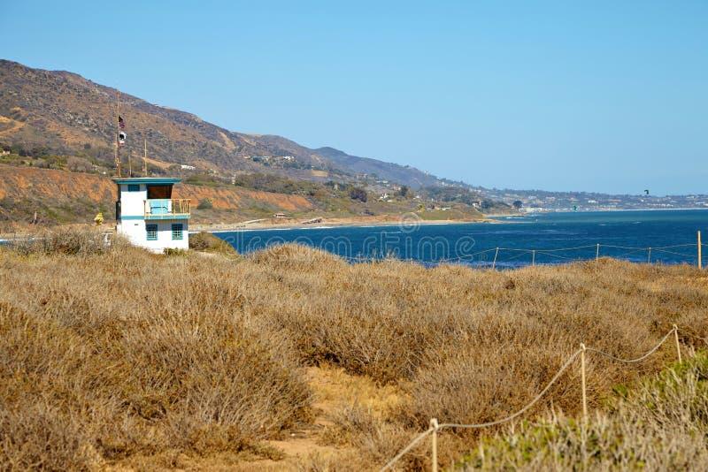 Хата личной охраны на пляже Malibu стоковые фотографии rf