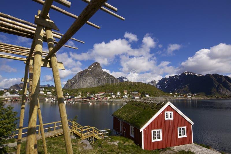 Хата рыболовства на Lofoten стоковые фото