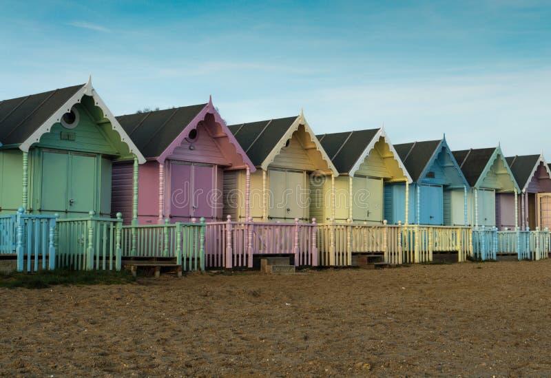 Хаты пляжа на острове Mersea стоковая фотография