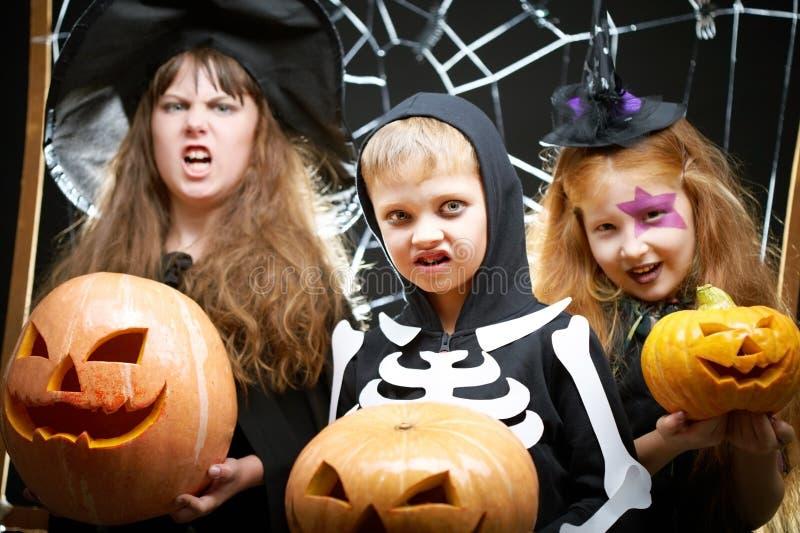 Хеллоуин приходит стоковые изображения rf
