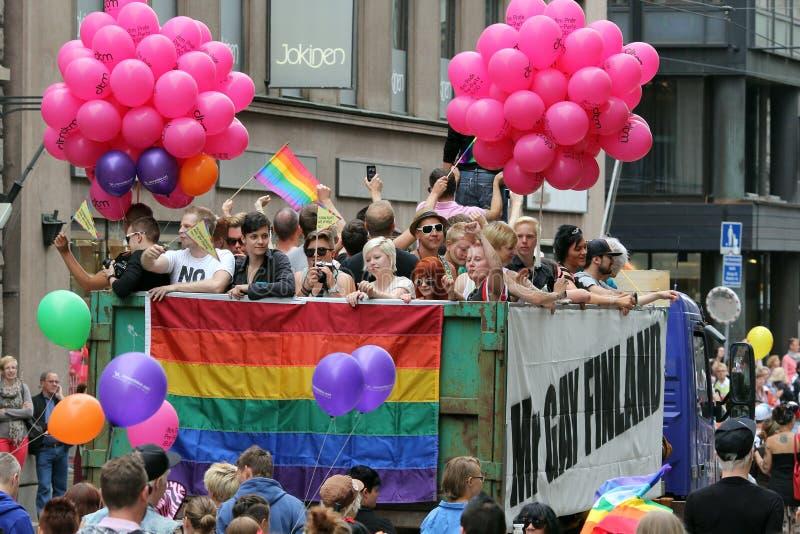 Хельсинки, Финляндия, 29-ое июня 2013. Во время гей-парада стоковые фотографии rf
