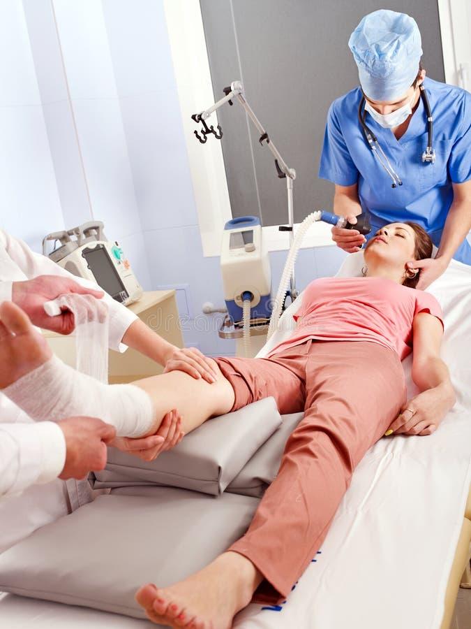хирургия наркотизации стоковое изображение rf