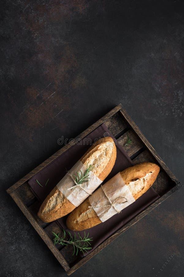 Хлеб с розмариновым маслом стоковое изображение