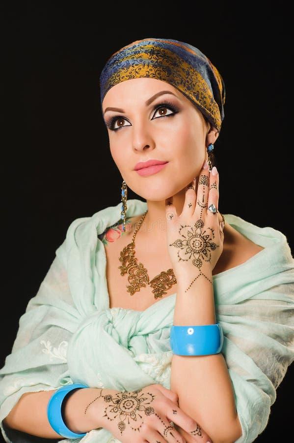 Хна, мода, девушка, дама, состав, татуировка, вуаль, oriental, musl стоковое изображение rf