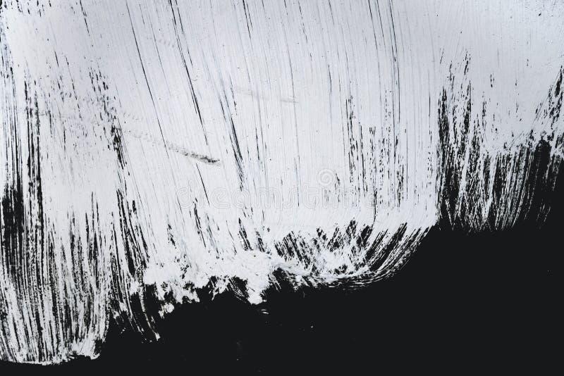 Ходы краски Grunge большие белые текстурированные на черной предпосылке стоковые фотографии rf