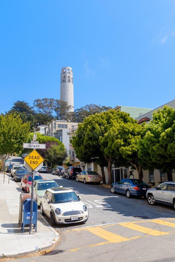 Холмистые улицы Сан-Франциско стоковые изображения
