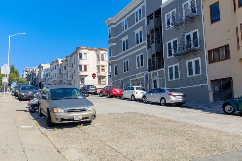 Холмистые улицы Сан-Франциско стоковое изображение