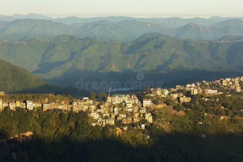 Холмы и хребты вокруг Айзавла стоковая фотография rf