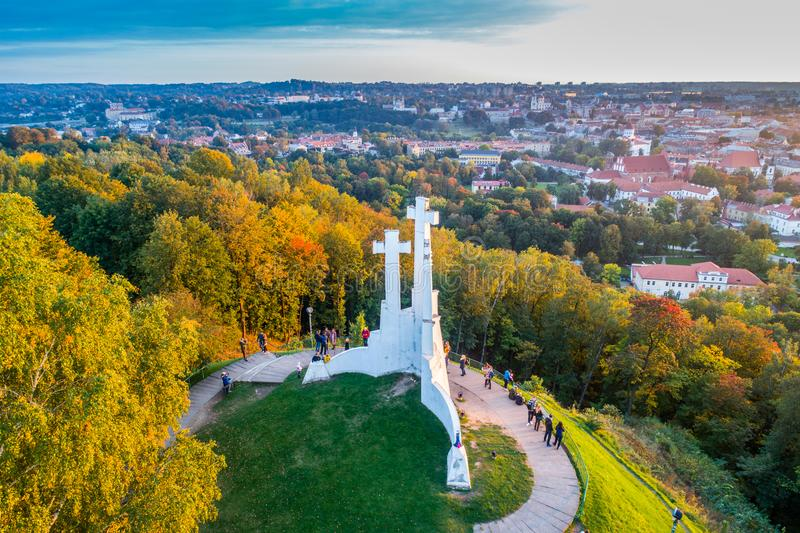 Холм 3 крестов в антенне Вильнюса стоковая фотография rf