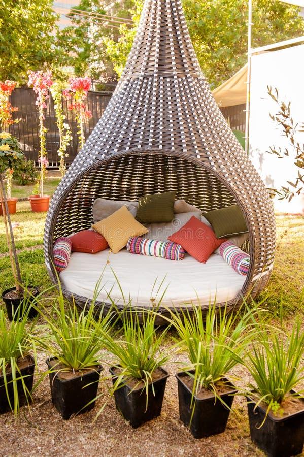 Холодная мебель для сада стоковые фотографии rf