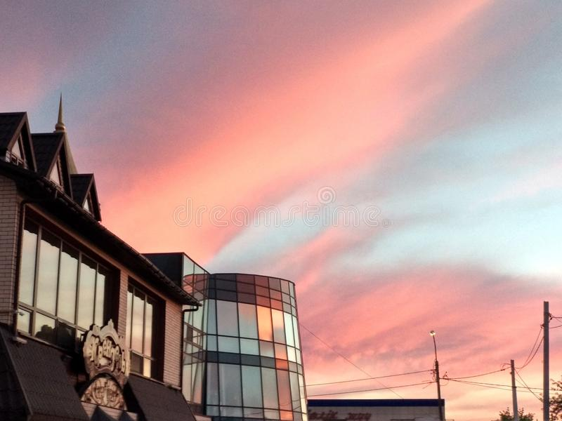 Холодное небо вечера стоковая фотография rf