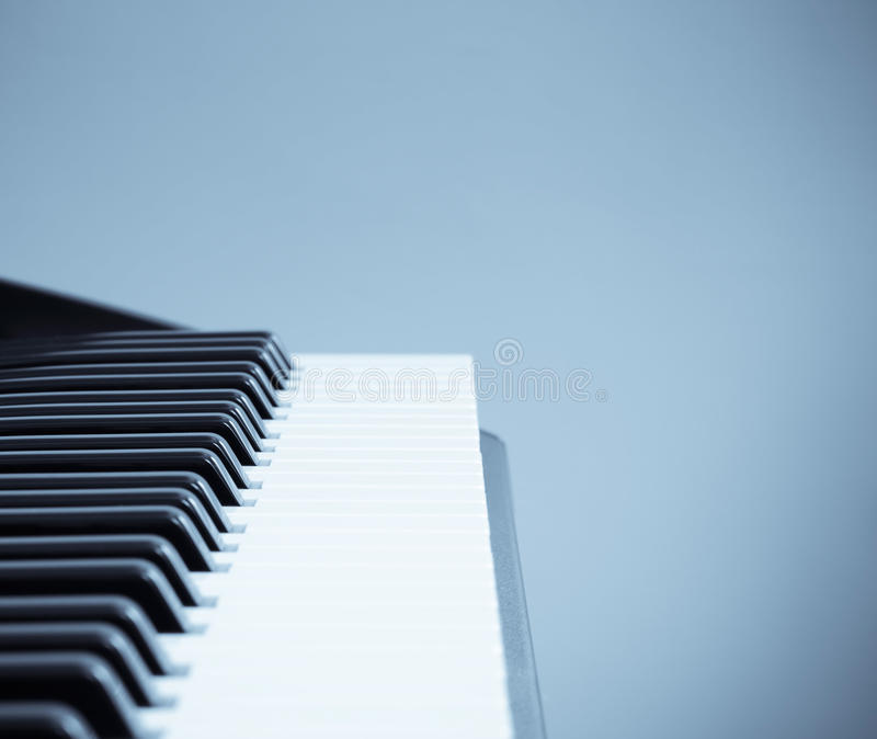 холодный тон клавиатуры стоковая фотография
