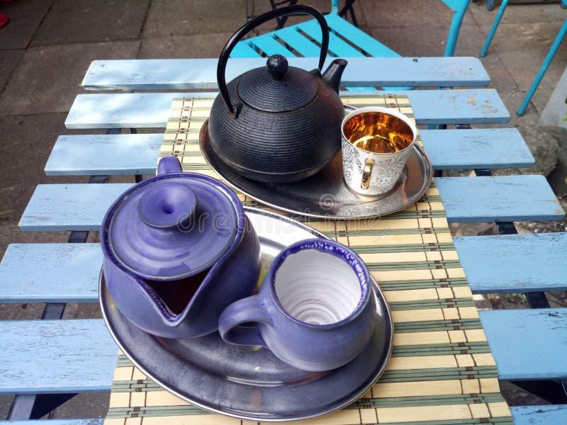 Холодок и чай стоковое фото rf